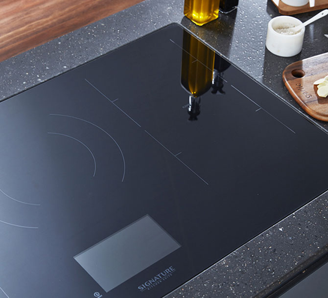 Signature Kitchen Suite: Il piano cottura a induzione Flex induction senza dispersioni di calore