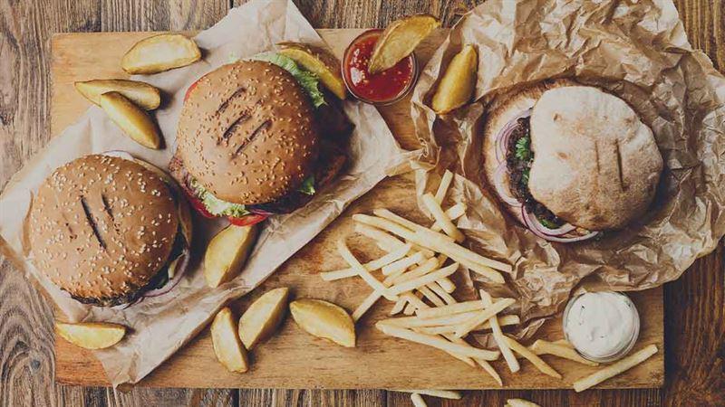 Food Delivery: Un click per portare l'atmosfera del tuo ristorante preferito tra le mura domestiche