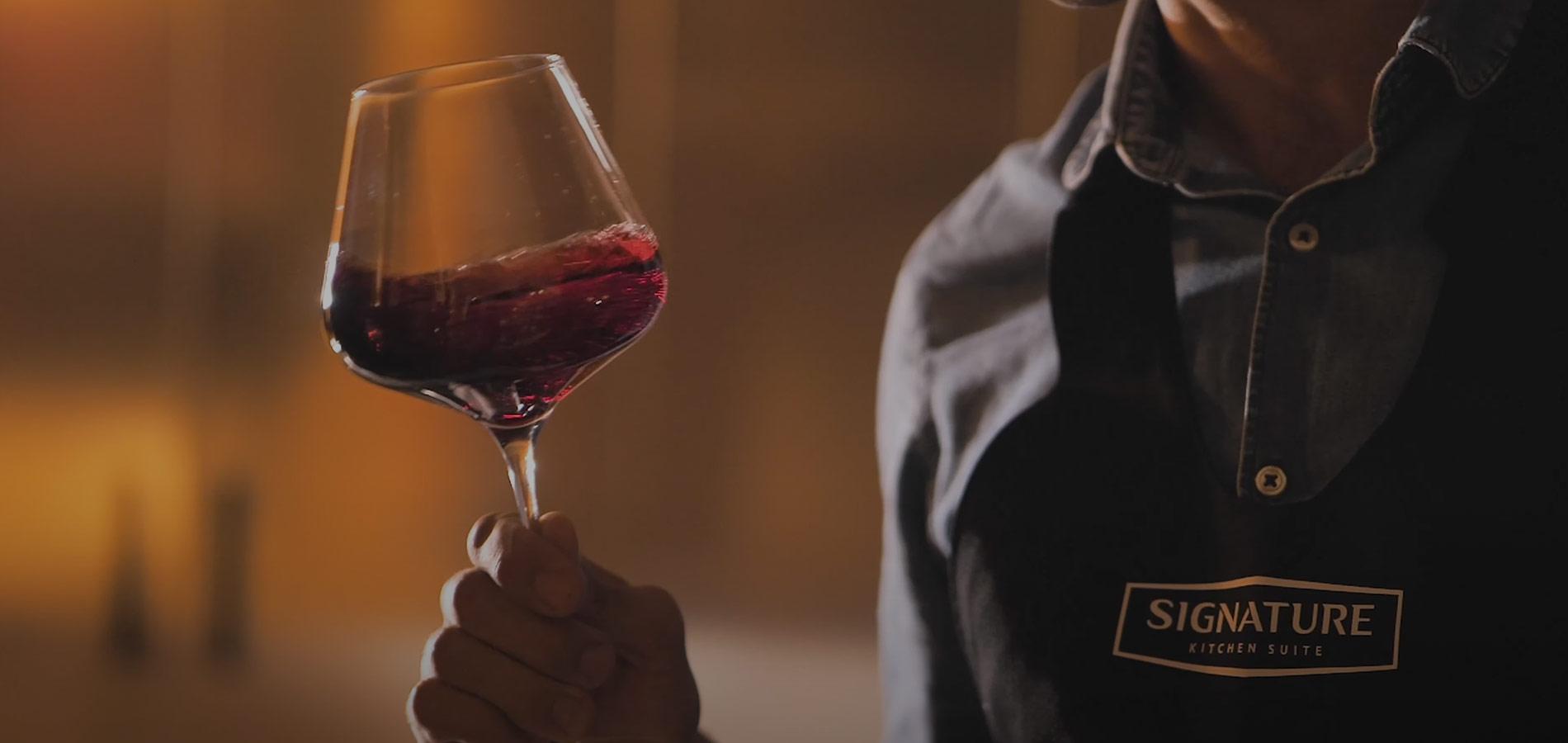 Il vitigno lettore del territorio Signature Kitchen Suite